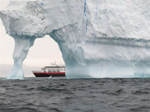 Antarctica 569
