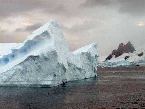 Antarctica 812